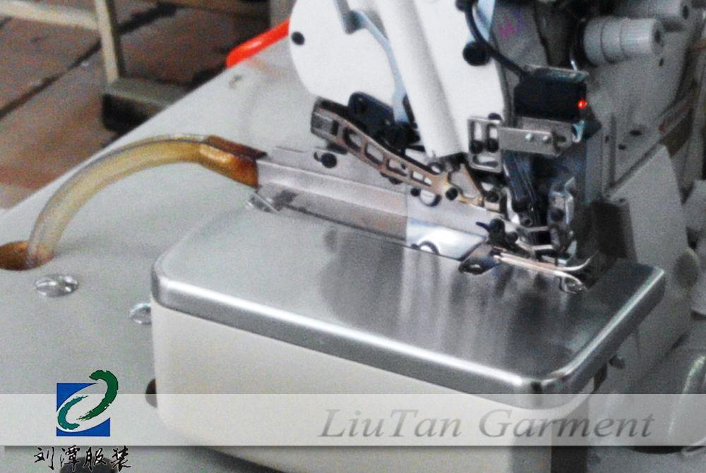 自动剪线包缝机