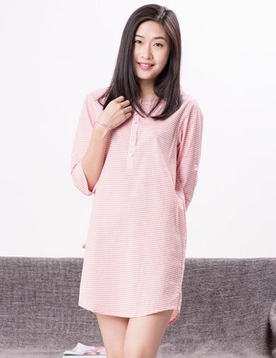 女式条纹睡衣